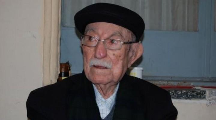 Agrupaciones peronistas elevarán a Tassano solicitud para erigir monumento a Julio Romero.