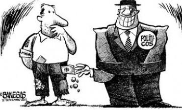 Al poder se lo encuentra en las reuniones de la clase alta, por más que se busque los votos en los barrios bajos.