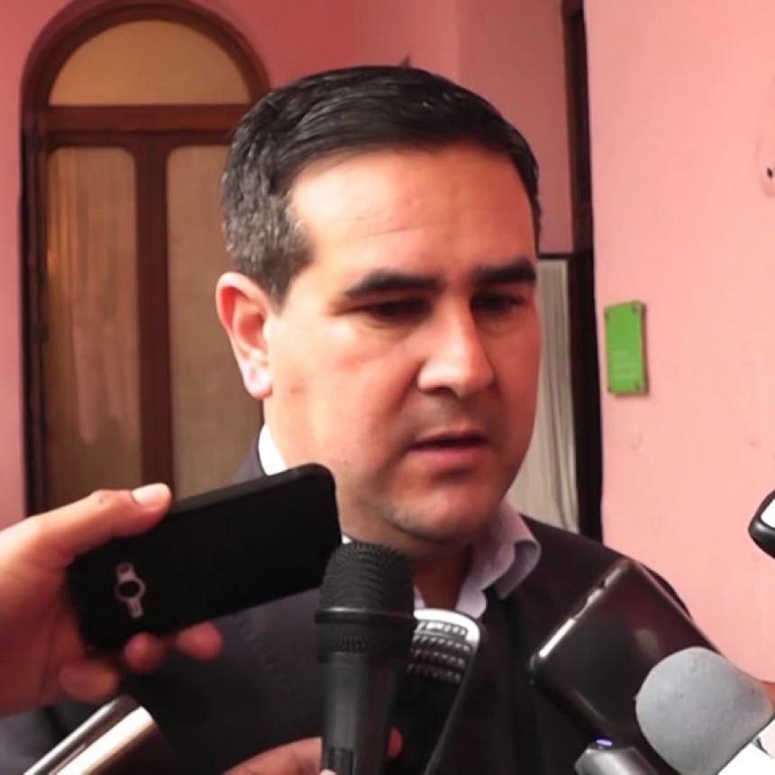 El Jefe Comunal de Curuzú Cuatiá, José Irigoyen respondió el cuestionario del índice democrático.