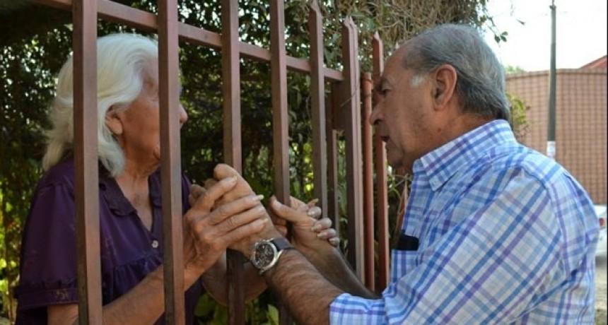 ¿Cuántos votos sacaría Tato Romero Feris en caso de que participara en una elección?.