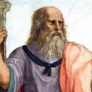 Menos mal que Platón no hace las listas electorales.