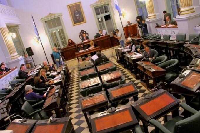 Quién controle el Senado, manejará el poder provincial.