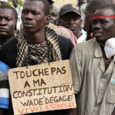 Precedente latinoamericano en Senegal. ¿Cómo construir un tirano?