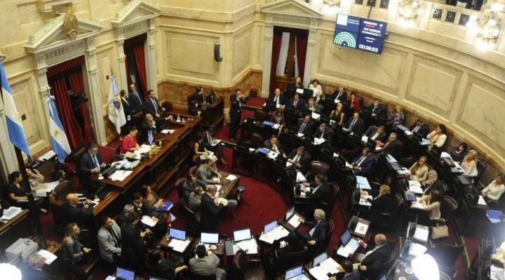 Senado: proyecto sobre delitos sexuales contra menores con dictamen de Comisión.