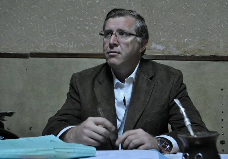 """Eduardo """"Paco"""" Achitte va por la Diputación Provincial."""