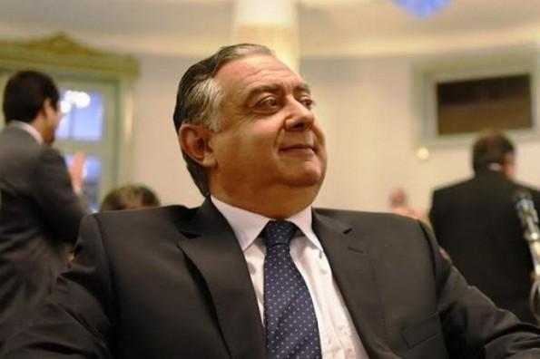 Cassani es la mejor opción político-institucional para acompañar a Valdés.