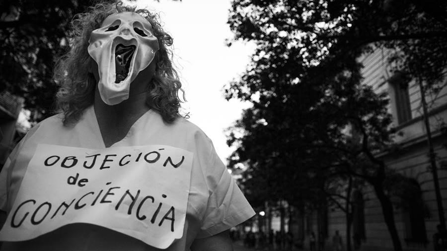 De la objeción de conciencia o del derecho al fascismo.