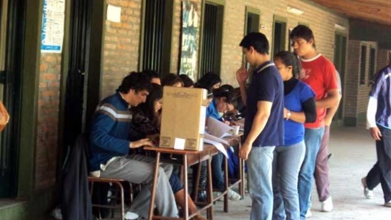 La gran mayoría de los jóvenes son de ECO y aún no lo saben (y todavía no votan).