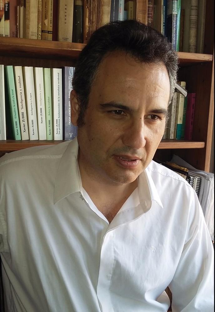 Diálogo con el politólogo y doctrinario del pensamiento nacional Dr. Pablo Anzaldi.