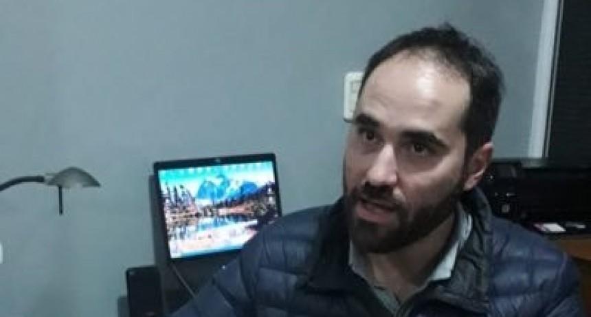 Conversatorio con el politólogo Nicolás Cereijo.