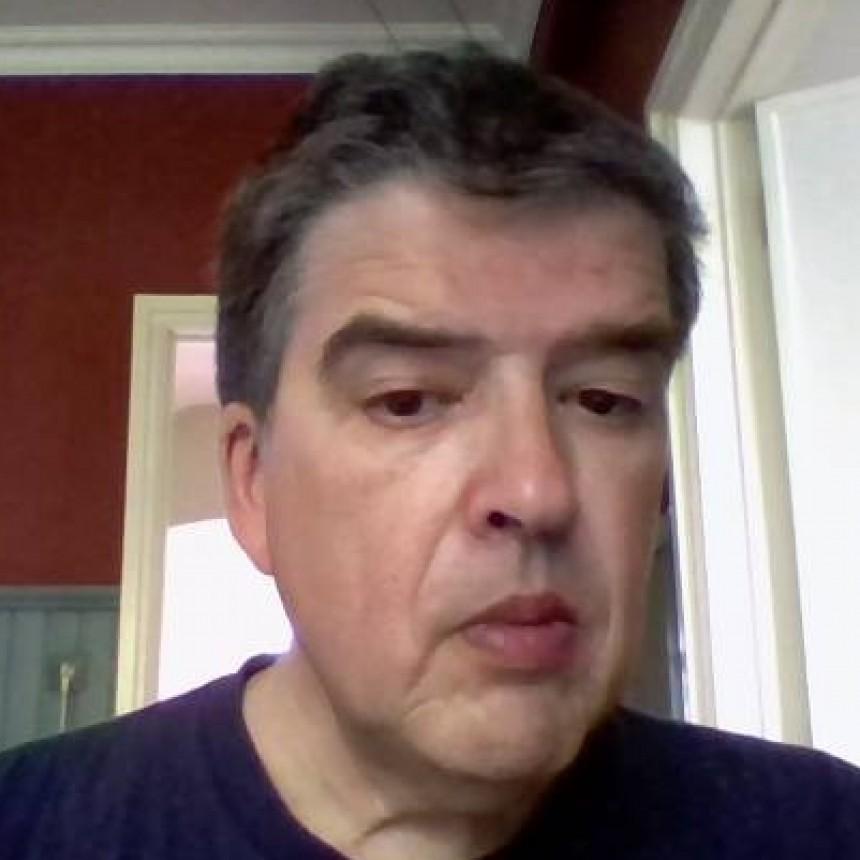 """""""Conversatorio"""" con el filósofo Juan Domingo Sánchez Stop."""