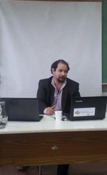 Disertó en la Universidad Nacional de Rosario, el Correntino Francisco Tomás González Cabañas