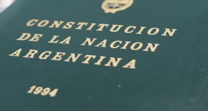 A respetar la Constitución.