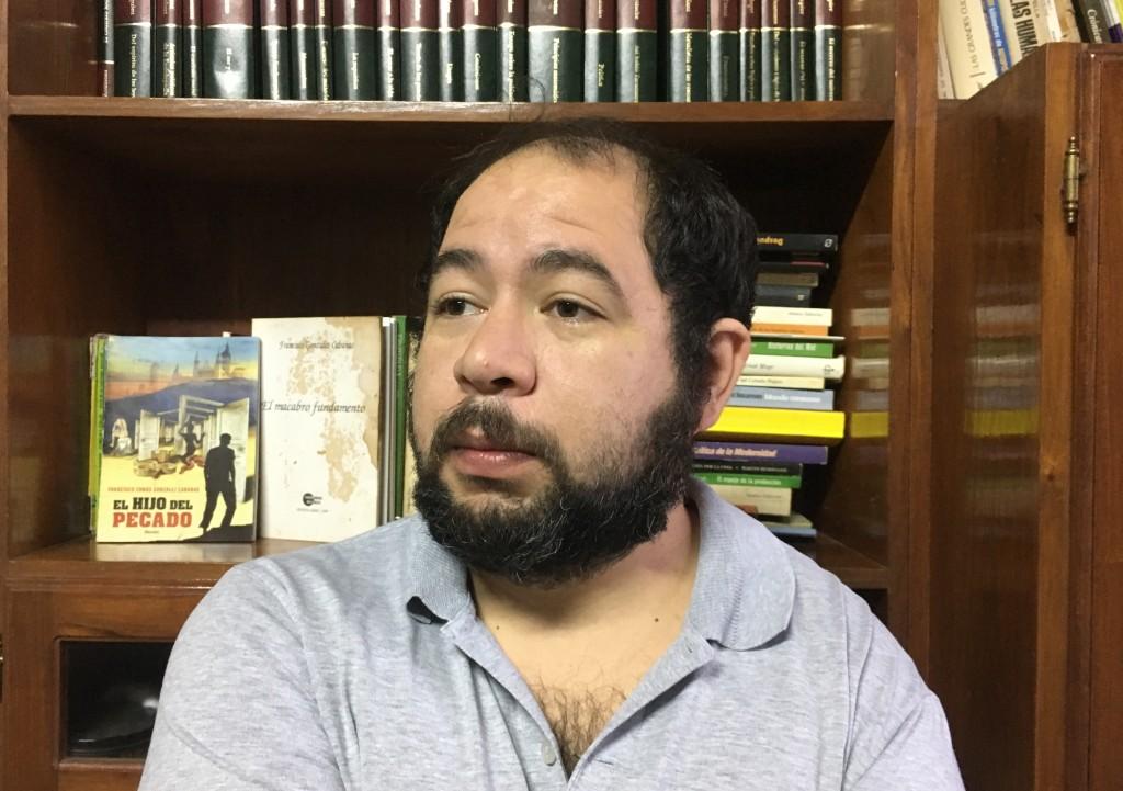 """El """"Cupo Pobre"""" nuevo manifiesto teórico de González Cabañas será presentado en  el X Coloquio Internacional de Filosofía Política de la Universidad del Sur."""